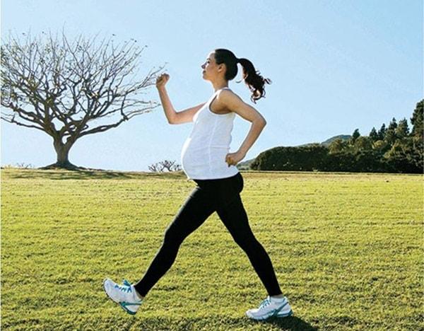Phụ nữ mang thai có nên tập thể dục không?